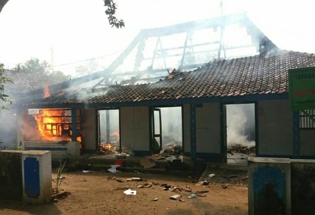 Photo of Kebakaran Hanguskan Panti Asuhan Di Nailan Slahung