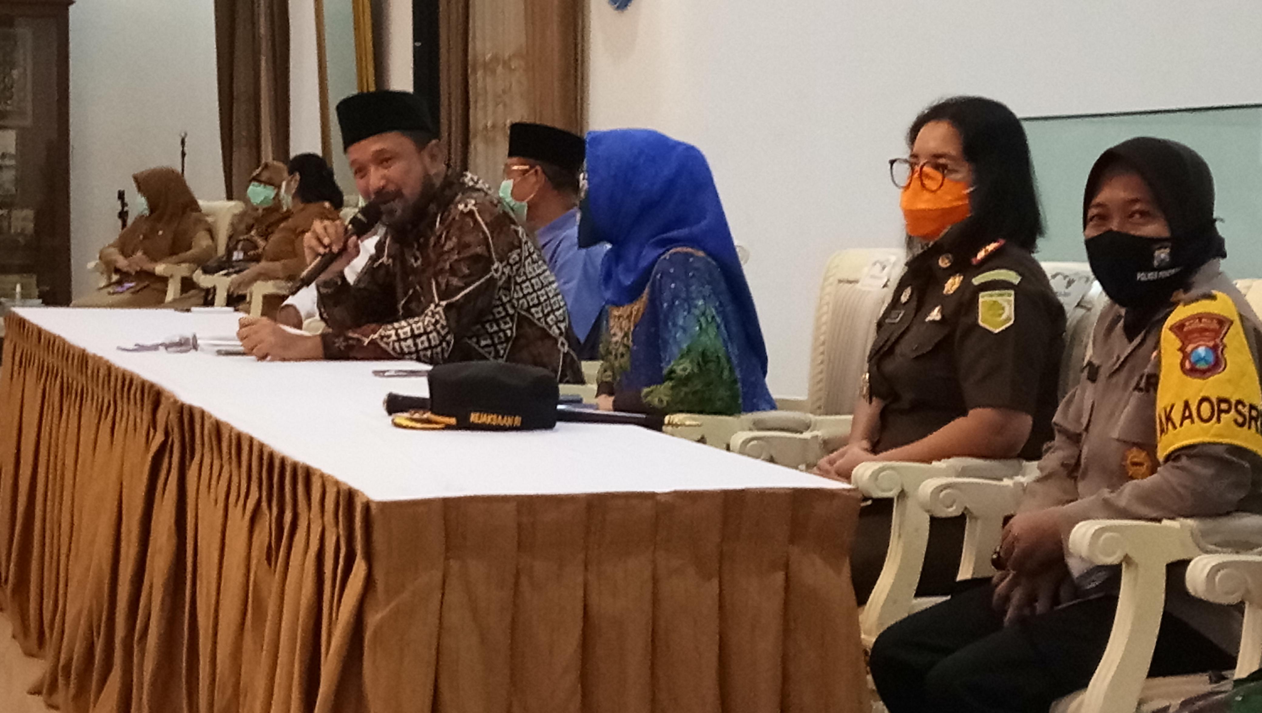 Photo of 4 Orang Kontak Dekat Almarhumah Positif Korona Asal Jambon Diswab