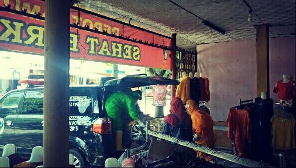 Photo of Pemilik Depot Jamu Di Ngumpul Balong, Meninggal Mendadak Di Kamarnya