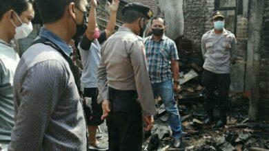 Photo of Tertidur. Rumah Warga Mangkujayan Ponorogo Terbakar