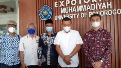 Photo of Jelang Efektif  Perkuliahan Tatap Muka, Rektor UNMUH Targetkan Vaksinasi Mahasiswa 70 %